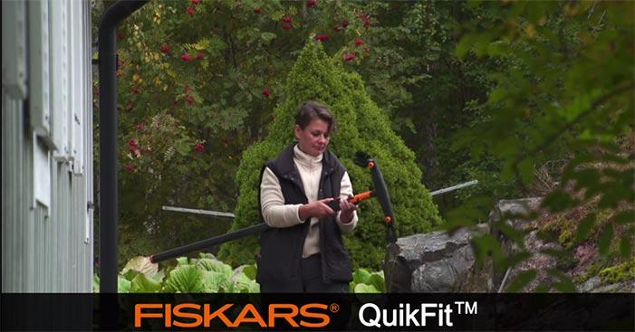 Fiskars-QuikFit-Gutter-Cleaner-135542.jpg